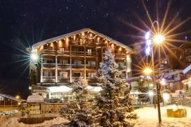 Hotel Le Refuge Exterior Winter