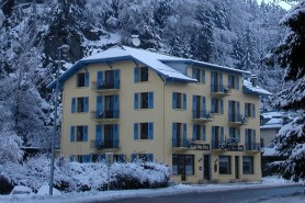 Book a ski break to Chamonix with Skiweekends