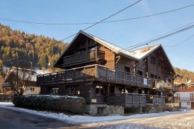 Exterior shot of Chalet Haute Chapelle